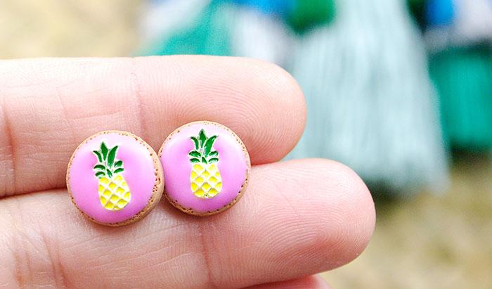 kolczyki z ananasami