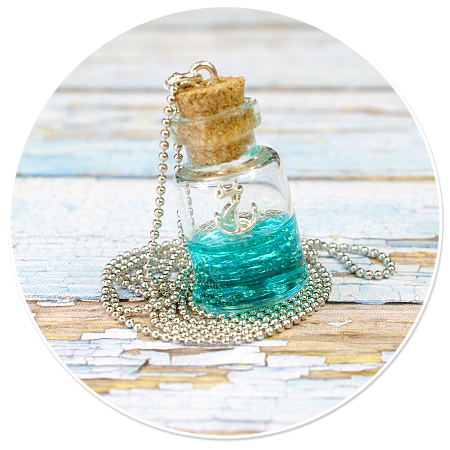 sailor's necklace with bottle