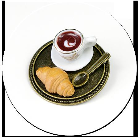 broszka taca z kawą i łakociami nr 2