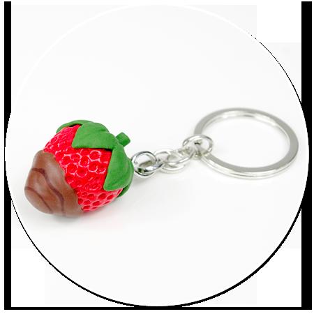 breloczek truskawka z czekoladą