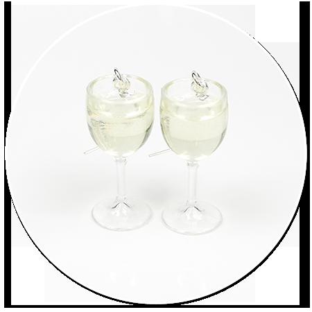 kolczyki kieliszki z białym winem