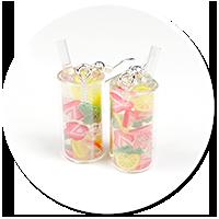 kolczyki woda z cytryną i truskawkami