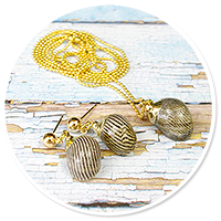 sailor's set with shells
