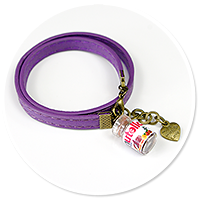 violet bracelet with chocolate cream