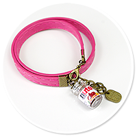pink bracelet with chocolate cream