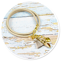 summer's bracelet with shell no. 4