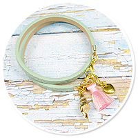 summer's bracelet with shell no. 5