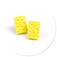 earrings cheese (plug-in)