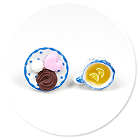 kolczyki wtykane herbatka ze słodyczami