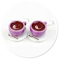 earrings violet cups with coffee