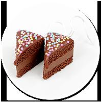kolczyki tort czekoladowy z posypką