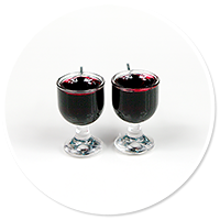 plug-in earrings glass with red wine