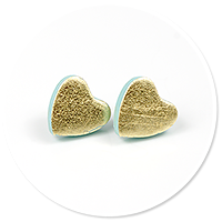 plug-in earrings metalic hearts