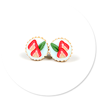 plug-in earrings tart with strawberries no. 4